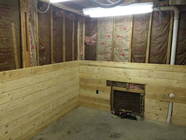 Man Cave Cabin : This guy built a rustic cabin man cave in his basement for